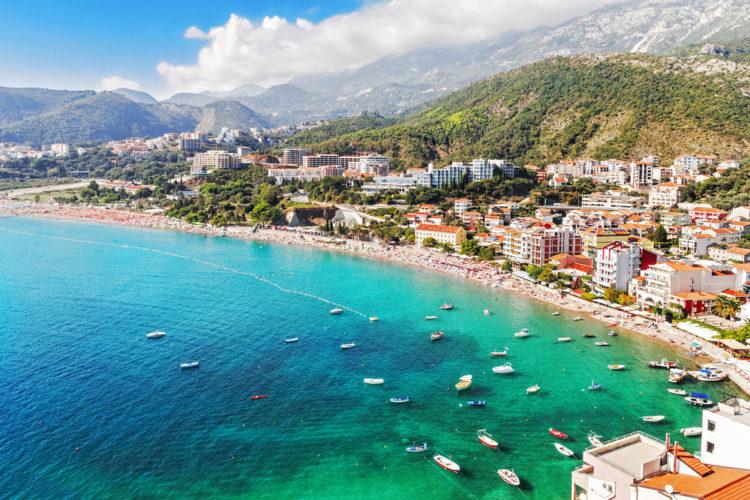 Пляж Бечичи - Что посмотреть в Черногории