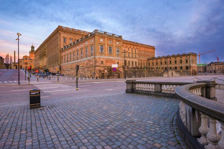 Королевский дворец в Стокгольме - достопримечательности Швеции