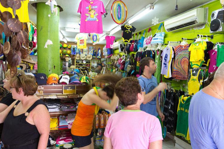 Улица Глостер Авеню - достопримечательности Ямайки