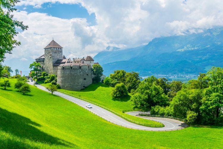 Замок Гутенберг - достопримечательности Лихтенштейна