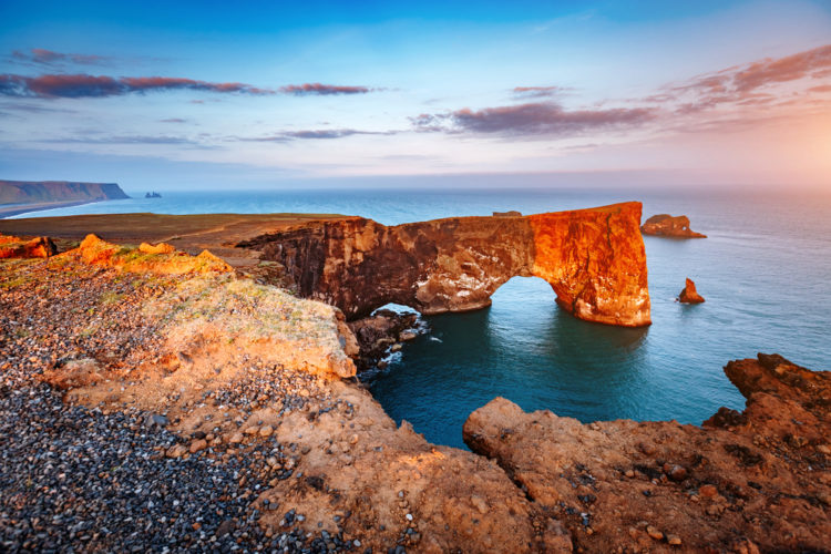 Мыс Дирхолаэй - достопримечательности Исландии