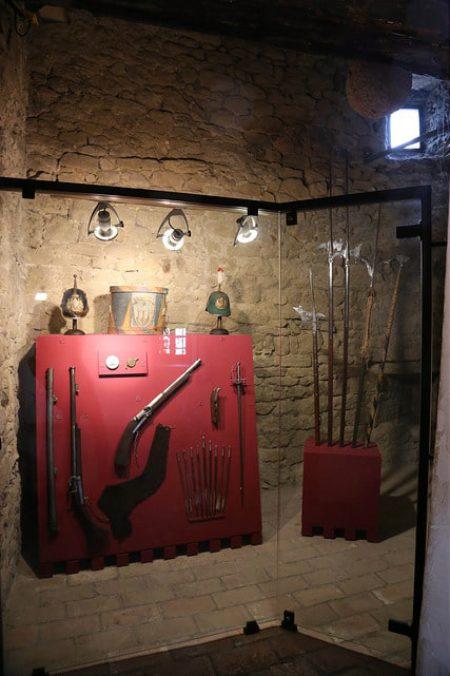 Музей современного оружия - достопримечательности Сан-Марино