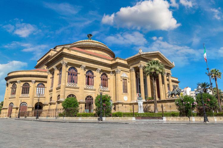 Театр Массимо - достопримечательности Палермо