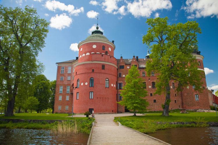 Замок Грипсхольм - достопримечательности Швеции
