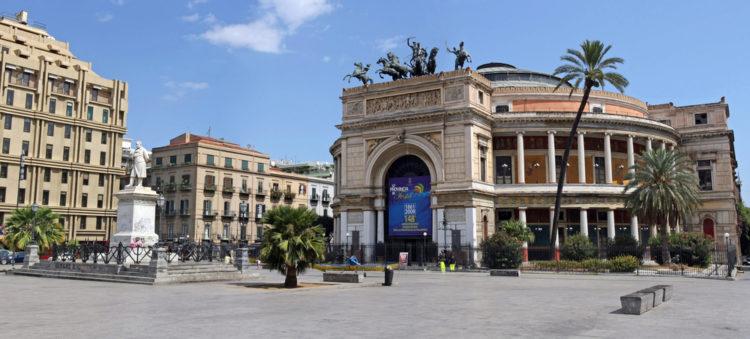 Театр Политеама - достопримечательности Палермо