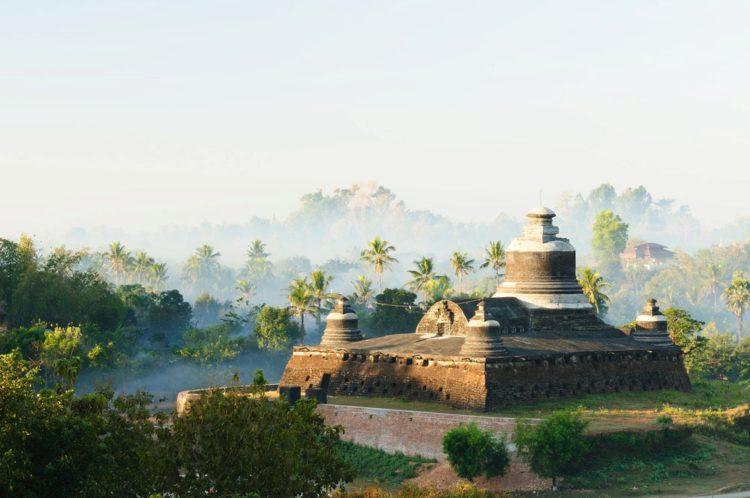Древний город Мраук-У (Mrauk U) - достопримечательности Мьянмы