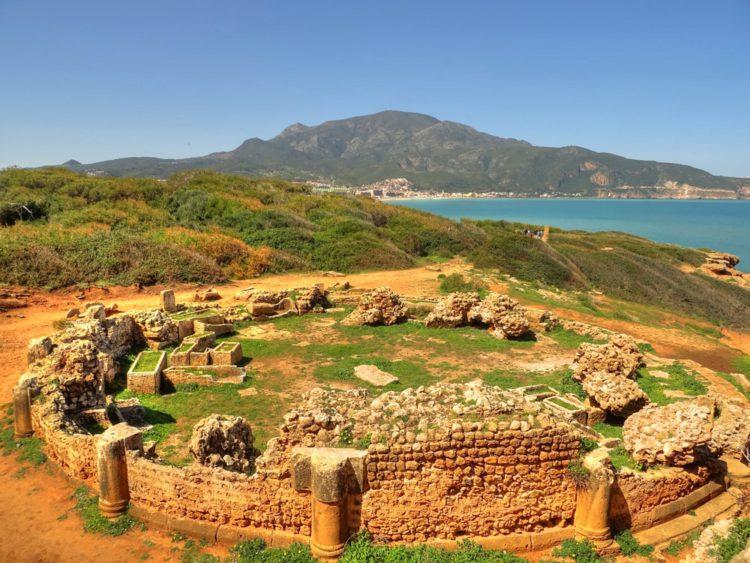Древнеримский город Тимгад - достопримечательности Алжира