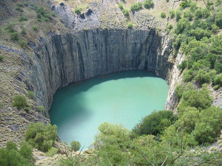 Кимберлитовая трубка «Большая дыра» - достопримечательности ЮАР