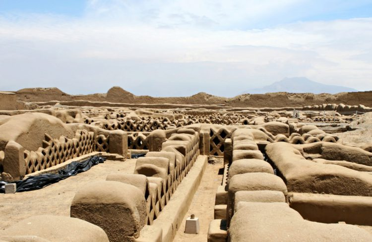 Древний город Чан-Чан - достопримечательности Перу