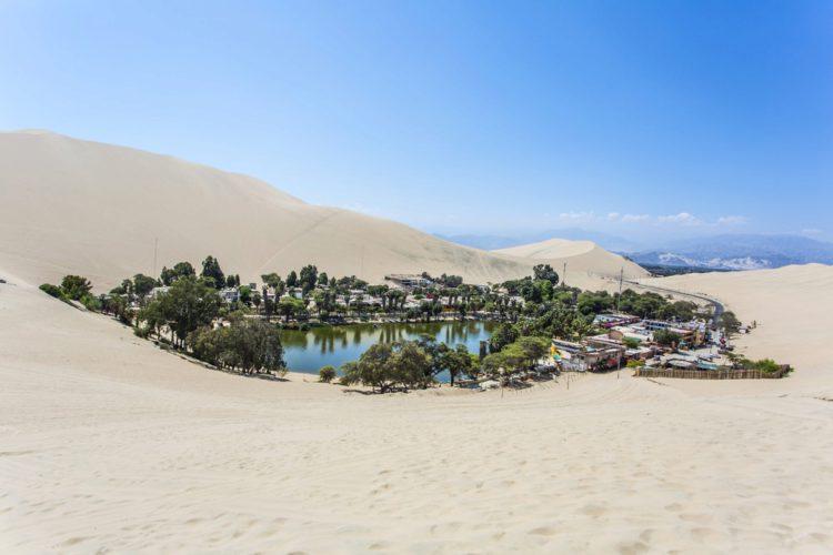 Оазис Уакачина - достопримечательности Перу