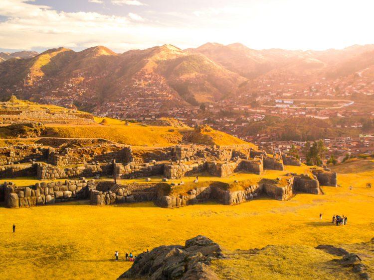 Крепость Саксауаман - достопримечательности Перу