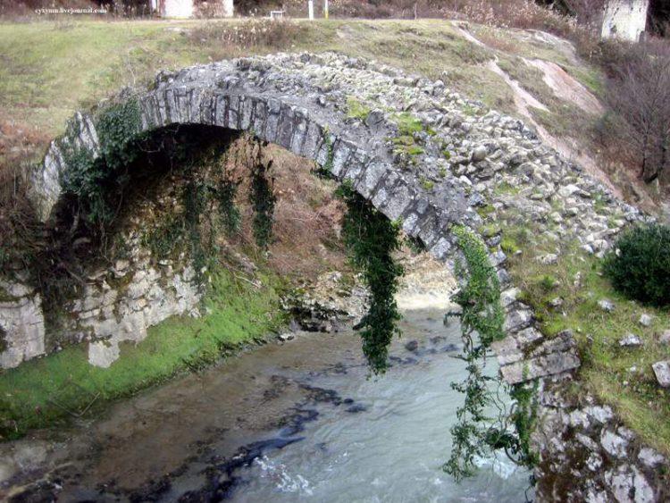 Беслетский мост - достопримечательности Абхазии