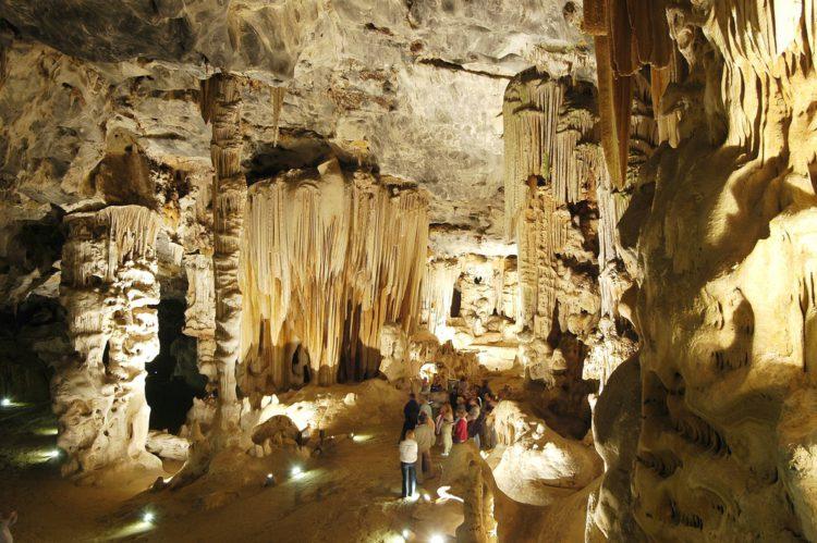 Пещеры Канго - достопримечательности ЮАР