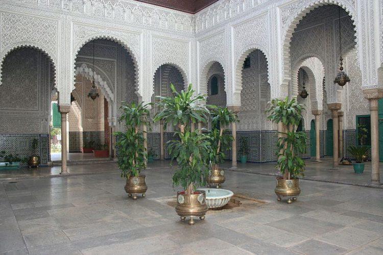 Дворец Махкама-дю-Паша - достопримечательности Марокко