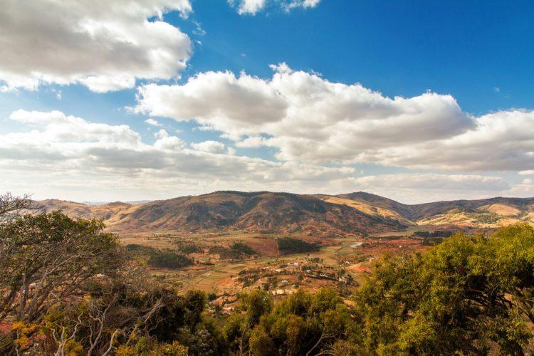 Королевский холм Амбохиманга - достопримечательности Мадагаскара