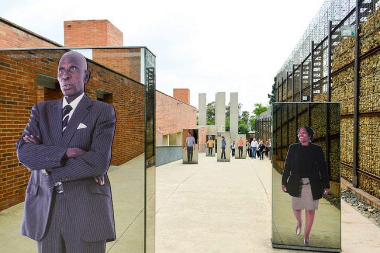 Музей апартеида - достопримечательности ЮАР