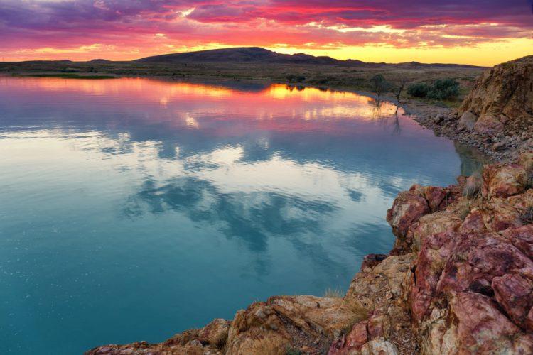 Озеро Балхаш - достопримечательности Казахстана