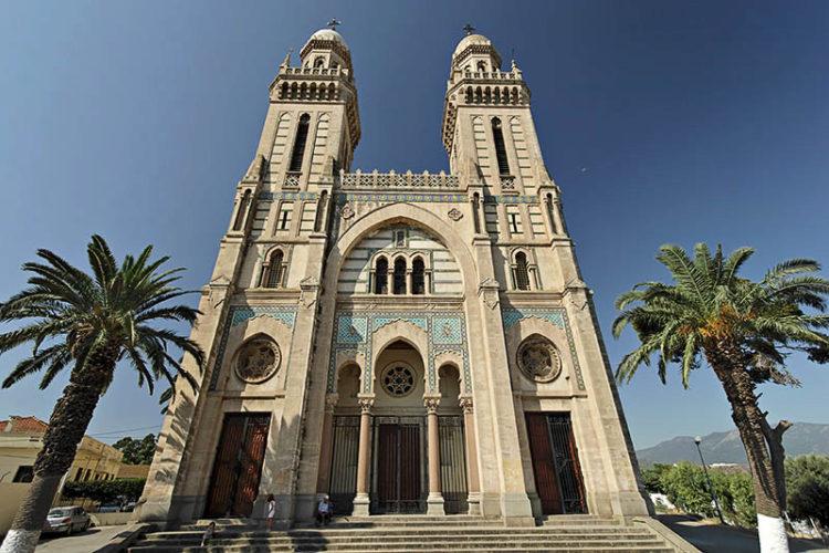 Базилика Святого Августина в Аннабе - достопримечательности Алжира