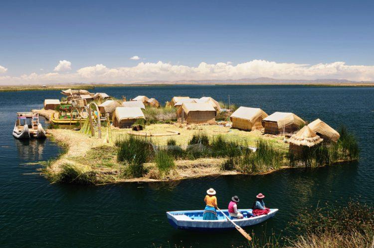 Плавучие острова Урос - достопримечательности Перу