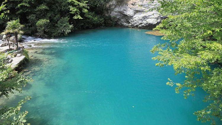 Голубое озеро - достопримечательности Абхазии