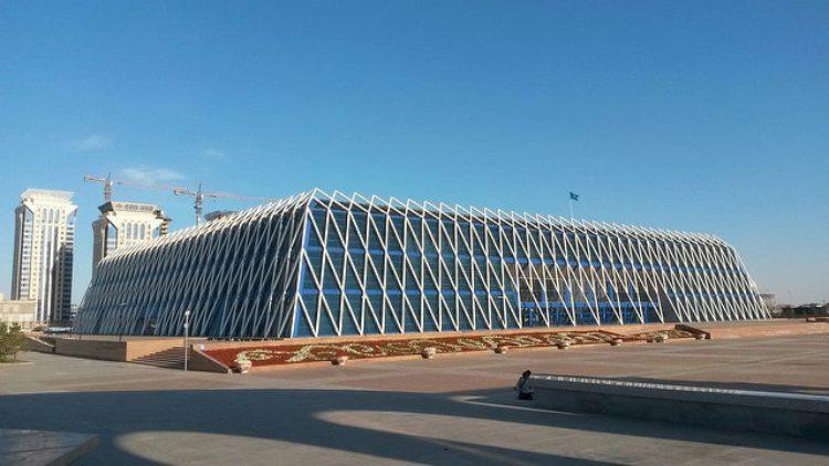 Дворец Независимости в г. Астана - достопримечательности Казахстана