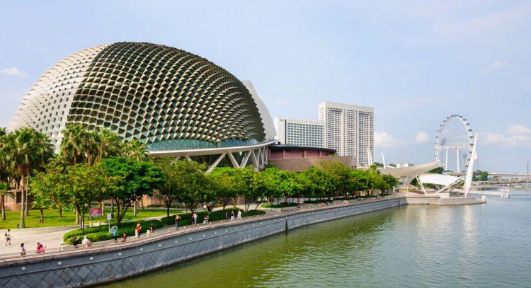 Театр Эспланада - достопримечательности Сингапура