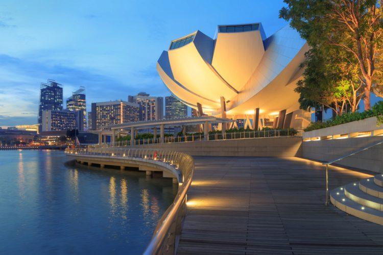 Музей искусства и науки - достопримечательности Сингапура