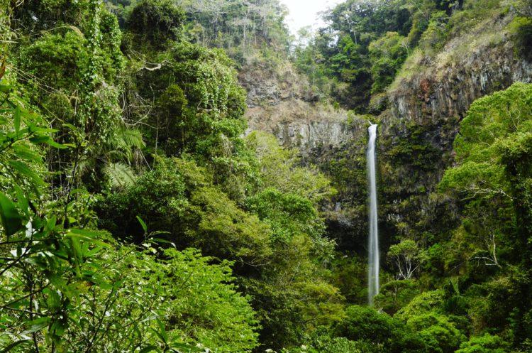 Национальный парк Монтань Д'Амбре - достопримечательности Мадагаскара
