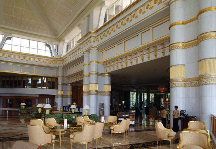 Отель The Empire Hotel & Country Club - что посмотреть в Брунее Бруней Едем в Бруней 10 Hotel The Empire Hotel  Country Club e1522564029608