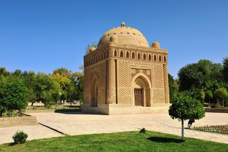 Мавзолей Саманидов (Бухара) - достопримечательности Узбекистана