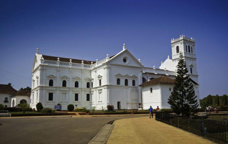 Собор Святой Екатерины (Старый Гоа) - достопримечательности Гоа