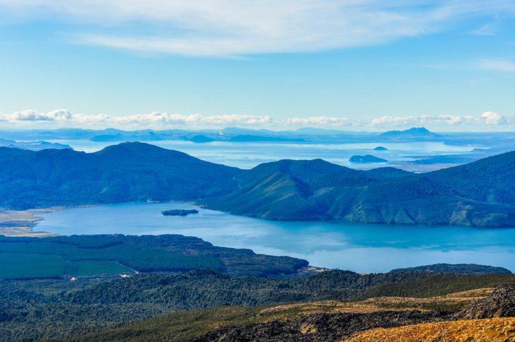 Озеро Таупо - достопримечательности Новой Зеландии