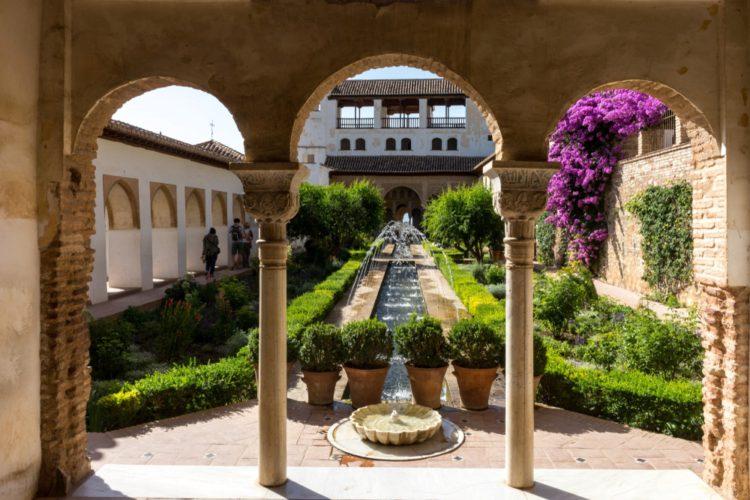 Сады Хенералифе - достопримечательности Гранады