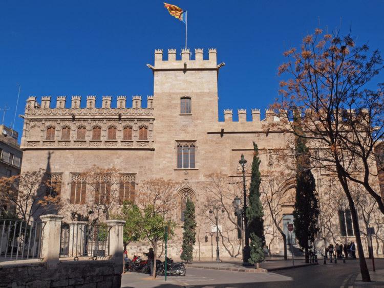Лонха-де-ла-Седа (шёлковая биржа) - достопримечательности Валенсии