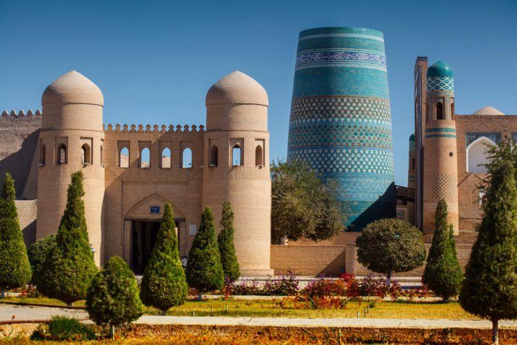 Крепость Ичан-Кала в Хиве - достопримечательности Узбекистана