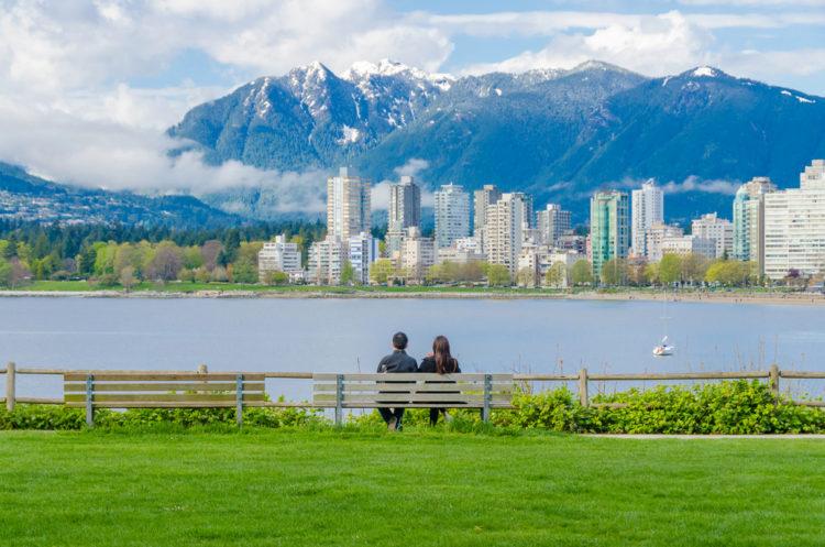 Пляж Китсилано - достопримечательности Ванкувера