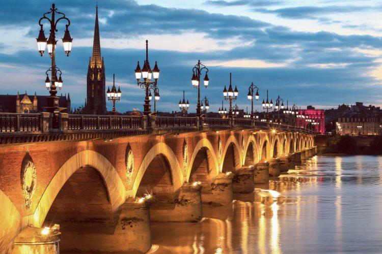 Мост Понт де Пьер - достопримечательности Бордо