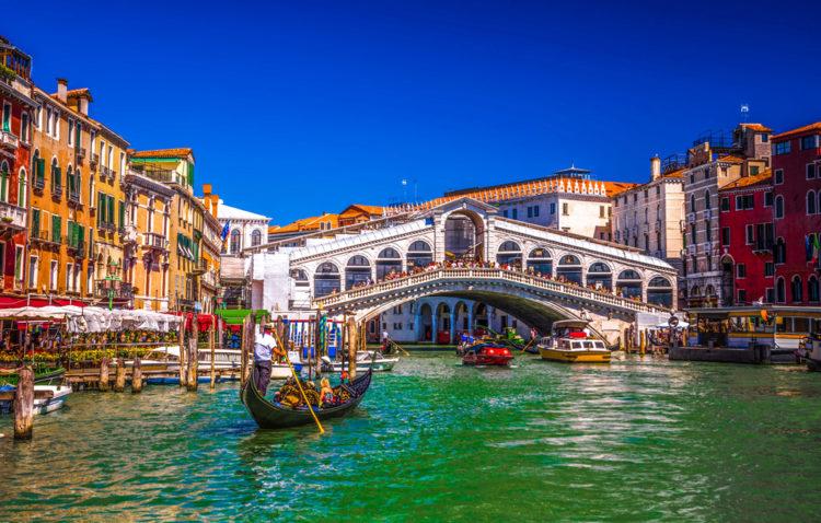 Мост Риальто - достопримечательности Венеции