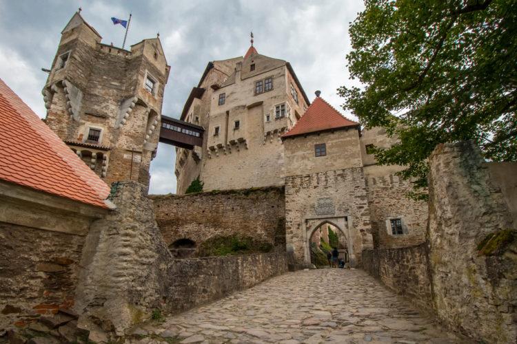 Замок Пернштейн - достопримечательности Брно