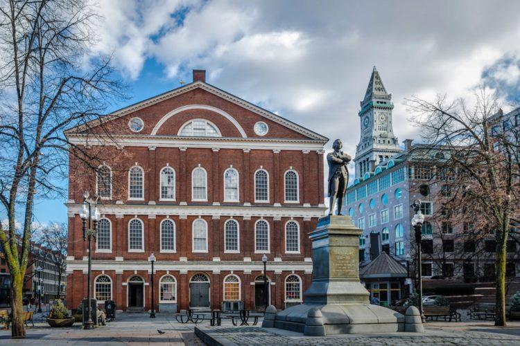 Фанел-Холл - достопримечательности Бостона