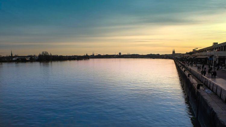 Река Гаронна - Что посмотреть в Бордо