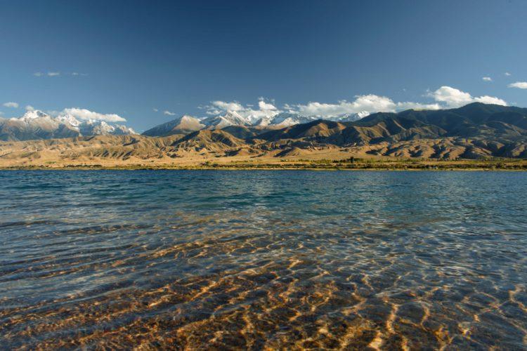 Озеро Иссык-куль - достопримечательности Киргизии