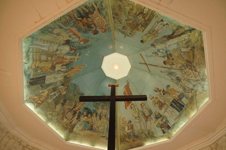 Крест Магеллана (остров Себу) - достопримечательности Филиппин