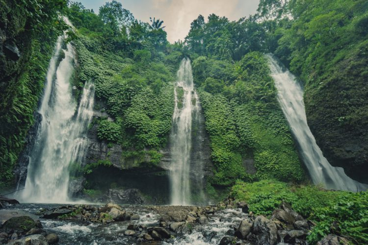 Водопад Секумпул - достопримечательности Бали