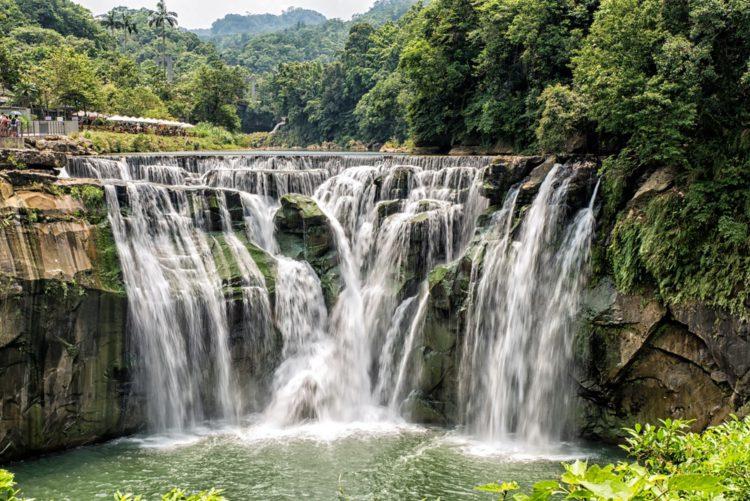 Водопад Шифен - достопримечательности Тайваня