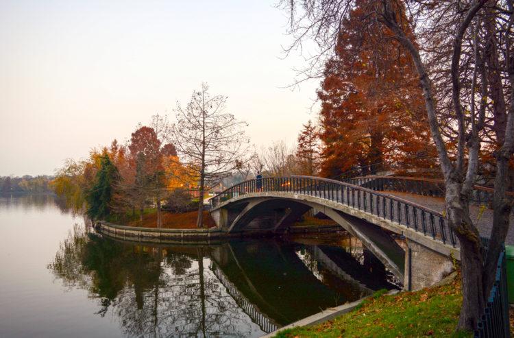 Парк Херастрау - достопримечательности Бухареста