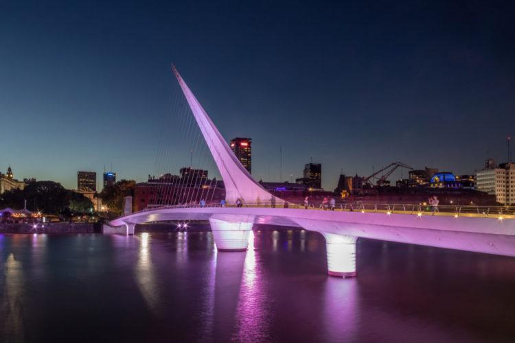 Мост Женщины - Что посмотреть в Буэнос-Айресе