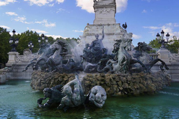 Площадь Кинконс - достопримечательности Бордо