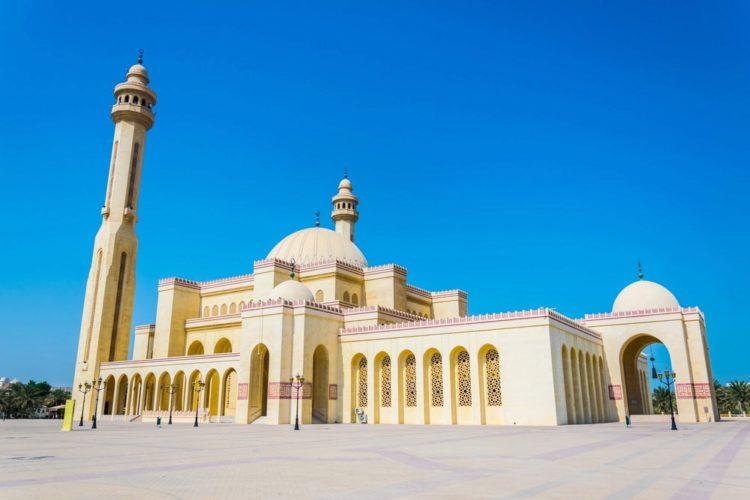 Великая мечеть Аль-Фатиха - достопримечательности Бахрейна