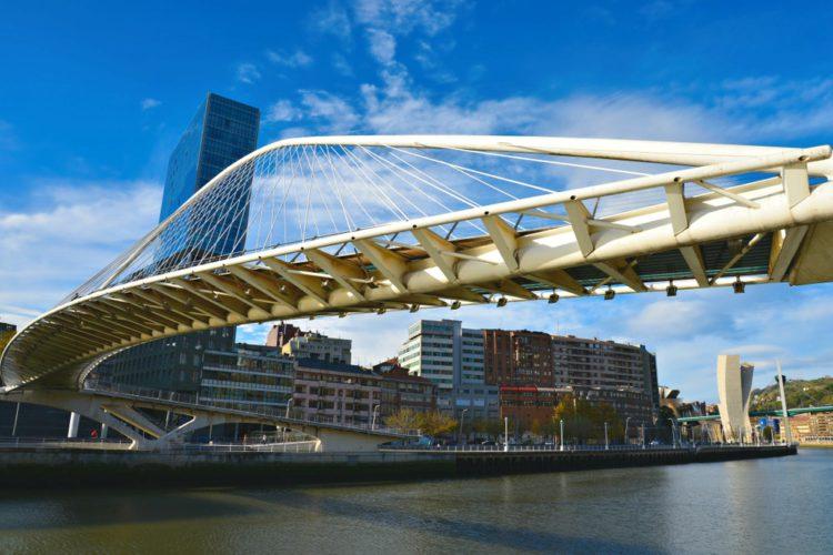 Мост Кампо-Волантин - достопримечательности Бильбао